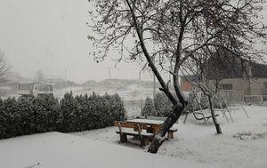 Snijeg u mjestu Krasno (Foto: Čitatelj) - 5