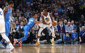Russell Westbrook i Kevin Durant (Foto: AFP)