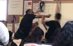 Profesor je fizički nasrnuo na učenika koji ga je vrijeđao (Foto: screenshot/YouTube/Marland X)