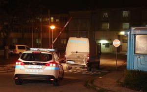 Policijski kombi s Ivicom Todorićem stigao u Remetinec (Foto: Dalibor Urukalovic/PIXSELL) - 4