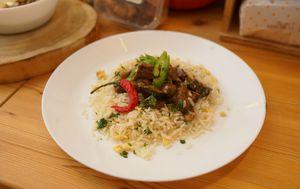 Pržena junetina s rižom