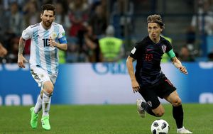 Lionel Messi i Luka Modrić (Foto: Igor Kralj/PIXSELL)