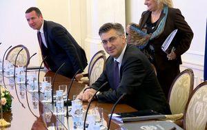 Premijer otkrio zašto pazi na liniju (Foto: Dnevnik.hr) - 1