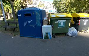 Smeće u Zagrebu gorući problem (Video: Dnevnik Nove TV) - 2