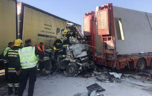 Strašna prometna nesreća u Srbiji (Foto: Telegraf.rs)