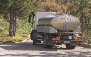Cisterna prevozi vodu u sela u okolici Samobora (Foto: Dnevnik.hr)