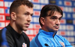 Ivan Perišić i Zlatko Dalić (Foto: Yui Mok/Press Association/PIXSELL)