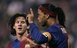 Ronaldinho i Lionel Messi (Foto: AFP)