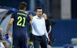 Bruno Petković i Nenad Bjelica (Photo: Josip Regovic/PIXSELL)