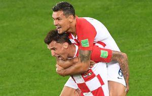Mario Mandžukić i Dejan Lovren (Foto: AFP)