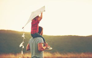Tata u igri s djetetom (Foto: Getty Images)