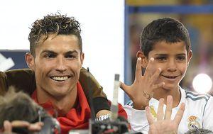 Cristiano Ronaldo i Cristiano Junior (Foto: AFP)