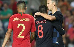 Mateo Kovačić i Ivan Perišić (Foto: AFP)