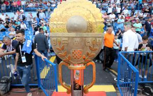 Trofej namijenjen pobjedniku Hrvatskog nogometnog kupa (Foto: Igor Kralj/PIXSELL)