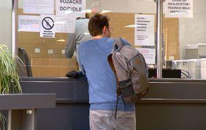 Plaćanje pristojbi od kuće (Foto: Dnevnik.hr) - 3