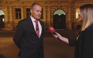 Mićo Ljubenko, pravni savjetnik Hrvatske udruge banaka, i Josipa Krajinović (Foto: Dnevnik.hr)