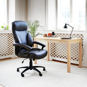 Nastavljate raditi od doma? Kako odabrati idealan stolac i izbjeći bolna leđa