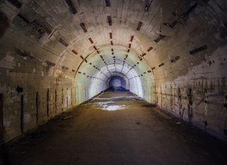 Tunel - ilustracija