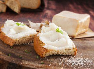 Kruh i mast