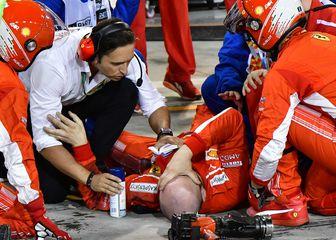 Nesreća u boksu Ferrarija (Foto: AFP)