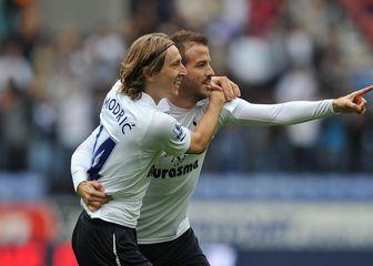 Luka Modrić i Rafael van der Vaart (Foto: Dave Howarth/Press Association/PIXSELL)