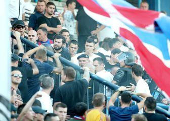 Navijači Hajduka u Koprivnici (Foto: Sanjin Strukic/PIXSELL)