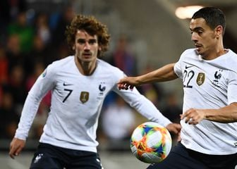 Antoine Griezmann i Wissam Ben Yedder (Foto: AFP)