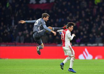 Prekršaj Müllera (Foto: AFP)