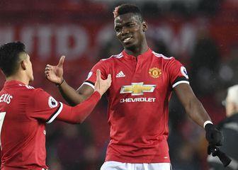 Alexis Sanchez i Paul Pogba (Foto: AFP)