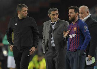 Ernesto Valverde i Lionel Messi (Foto: AFP)