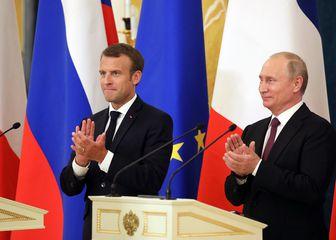 Emmanuel Macron i Vladimir Putin (Foto: AFP)