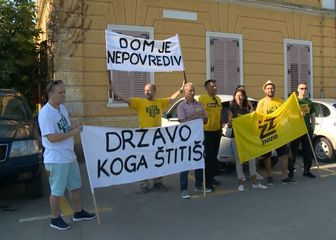 Apsurdne dražbe na Porečkom sudu (Foto: Dnevnik.hr) - 1