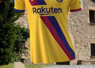 Novi Barcelonin retro dres iz 1979. (Foto: Twitter)