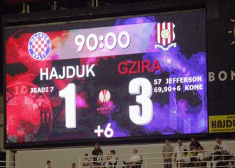 Semafor utakmice Hajduk - Gzira (Foto: Ivo Cagalj/PIXSELL)