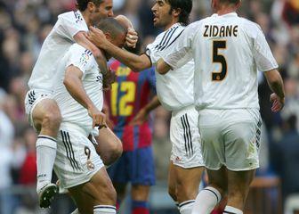 Ronaldo, Ivan Helguera, Raul Gonzalez i Zinedine Zidane (Foto: AFP)