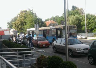 Autobus u kvaru (Dnevnik.hr)