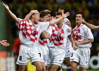 Robert Prosinečki slavi gol protiv Jamajke (Foto: AFP)
