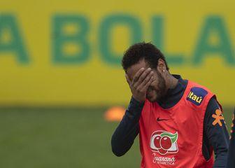 Neymar na treningu Brazila (Foto: AFP)