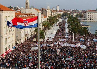 Prosvjed na Rivi iz 2014. godine (Foto: Naš Hajduk)