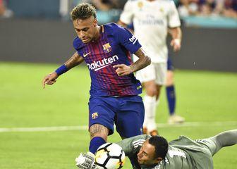 Neymar u dresu Barcelone (Foto: AFP)