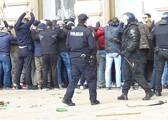 Huligani košarkaškog kluba Budućnost rade nered u Zagrebu