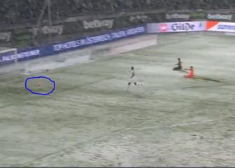 Lopta zapela u snijegu (Screenshot)