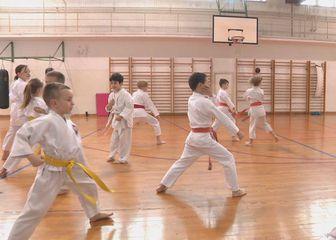 Djeca na treningu