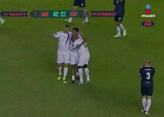 Ronaldinho sa suigračima (Screenshot Twitter)