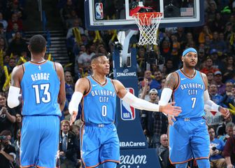 Paul George, Russell Westbrook i Carmelo Anthony (Foto: AFP)