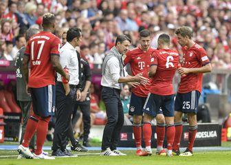 Niko Kovač i Hasan Salihamidžić s igračima Bayerna (Foto: AFP)