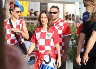 Hrvatske navijačice na Rivi (Foto: Ivo Čagalj/PIXSELL)