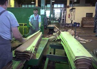Radnici u tvornici, ilustracija - 4