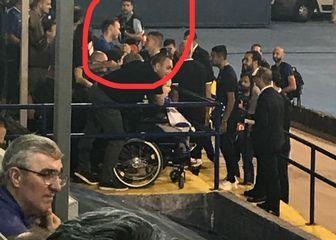 Martin Škrtel s navijačima s invaliditetom
