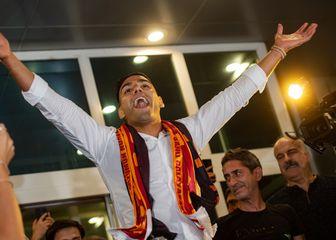 Radamel Falcao stiže u Istanbul (Foto: AFP)